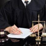 Что такое грабеж ст. 161 УК РФ — отличие от кражи и разбоя